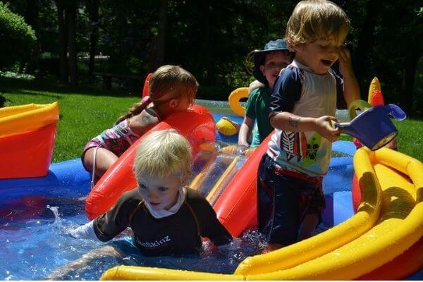 keep kiddie pool clean with salt